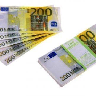 Пачка купюр прикол 200 Евро